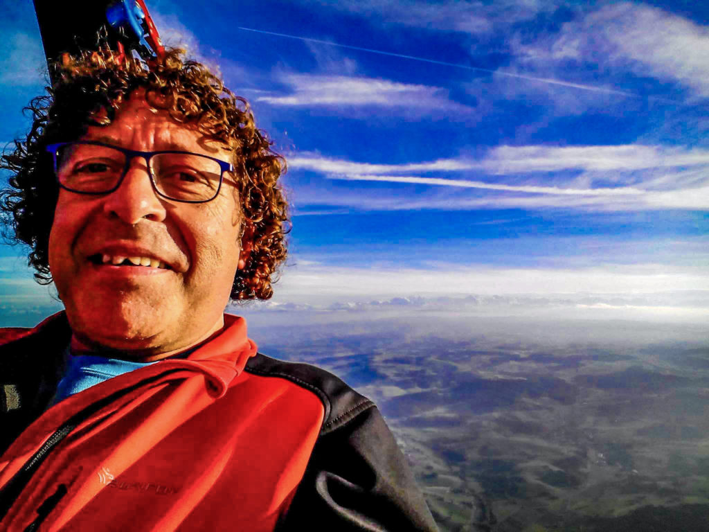 Fly with xirli Fly in Balloon 3