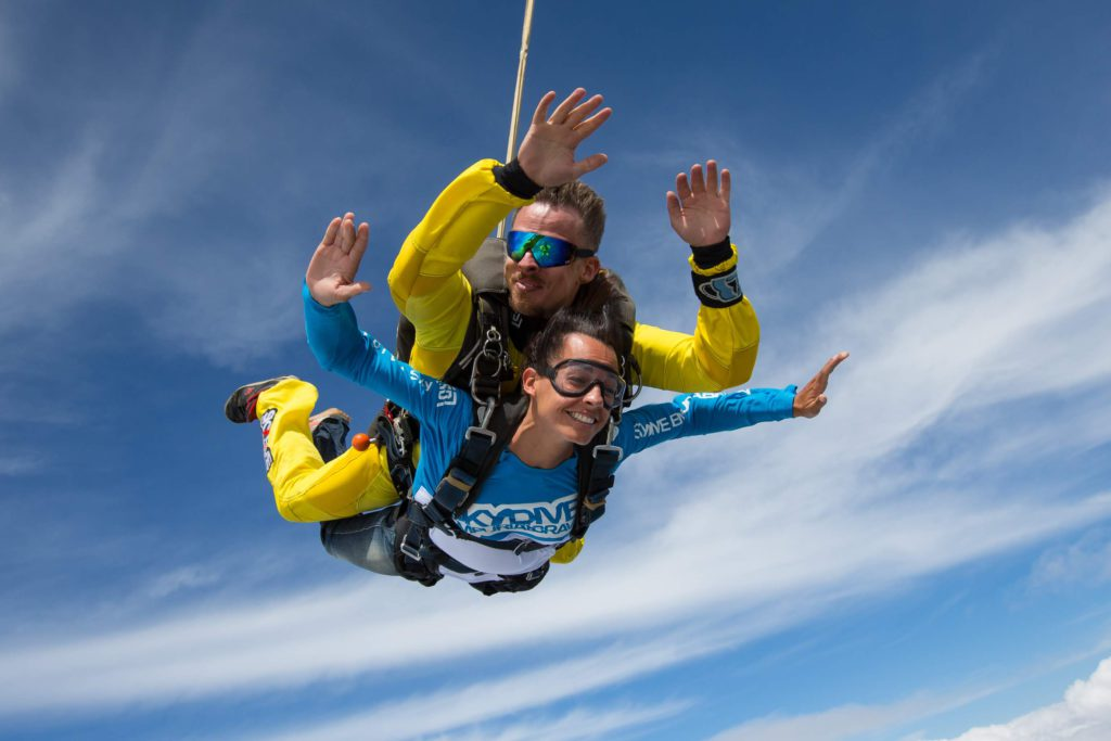 fly with xirli skydiving 2