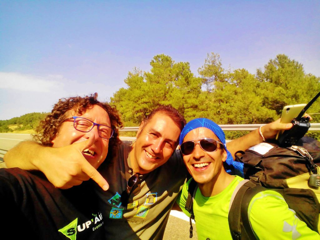 fly with xirli guiding paragliding pilots 13