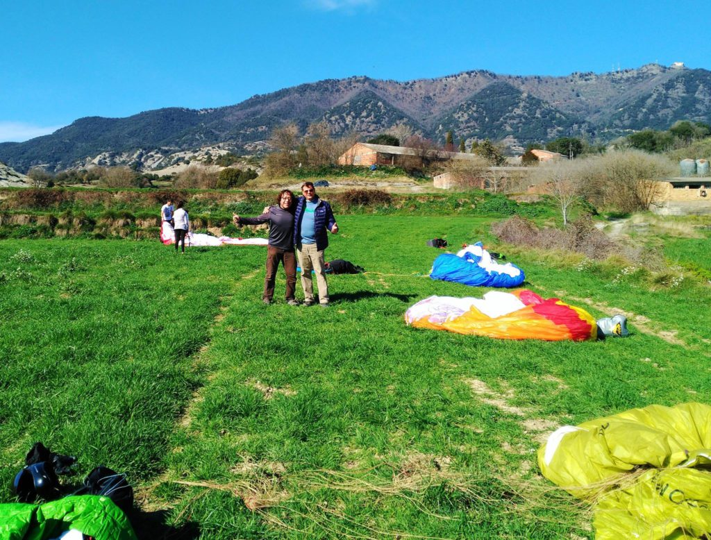 fly with xirli guiding paragliding pilots 15