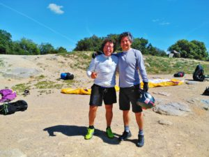 fly with xirli paragliding guiding pilots 90