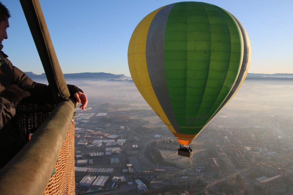 Fly with Xirli guiding hot air ballonning 13
