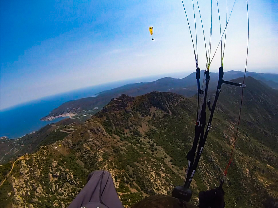 Fly with Xirli paraglding guiding pilots 3