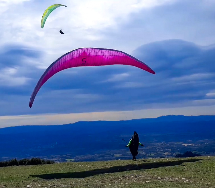 berga 1 fly with xirli paragliding barcelona
