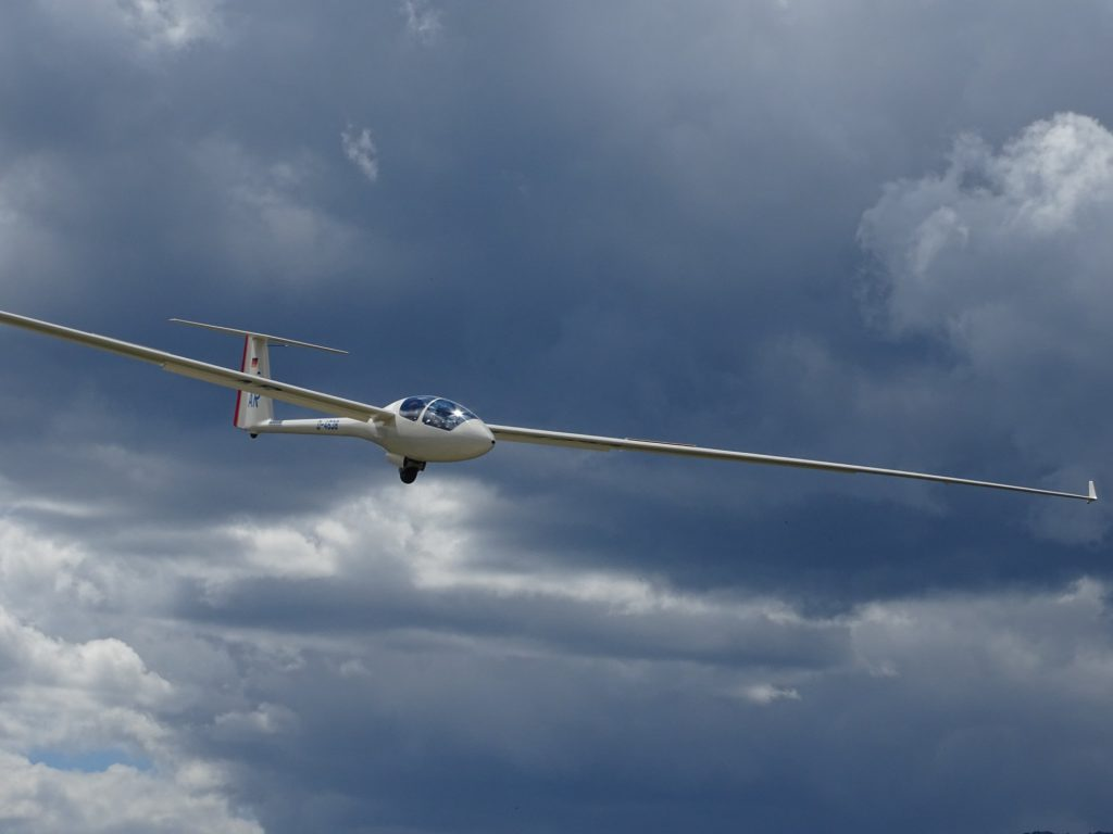 flywithxirli sailplane guiding service 1