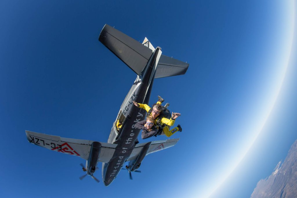 fly with xirli skydiving 1