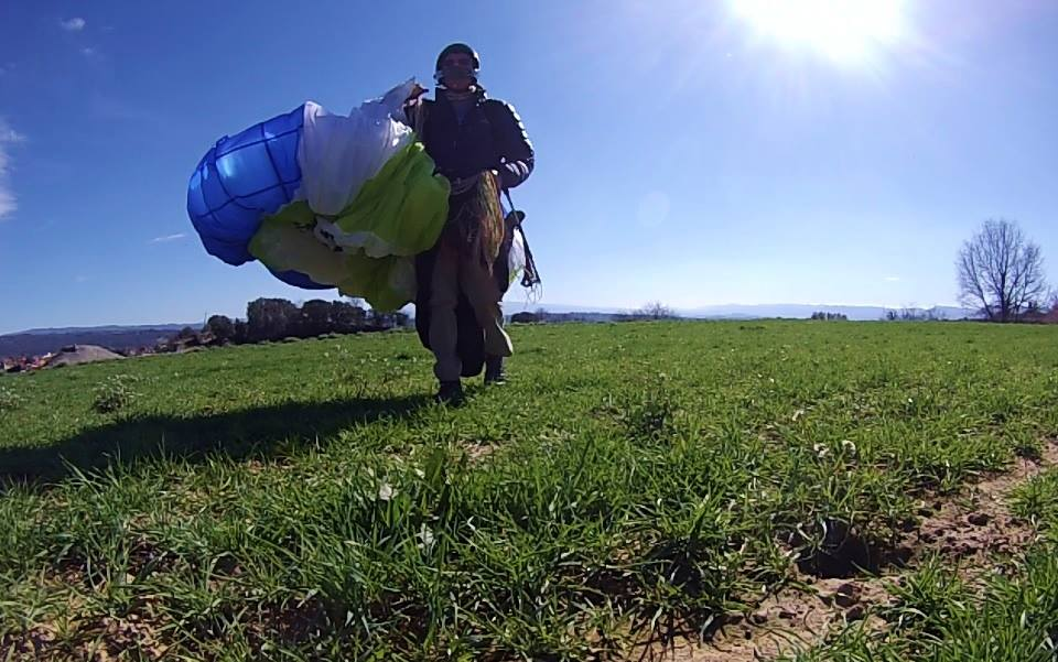 fly with xirli guiding paragliding pilots 12
