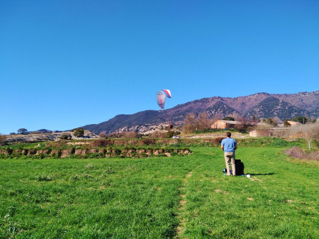 fly with xirli guiding paragliding pilots 16