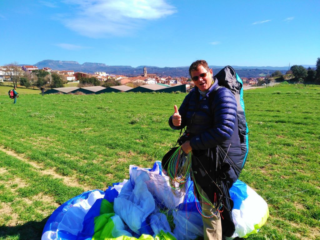 fly with xirli guiding paragliding pilots 20