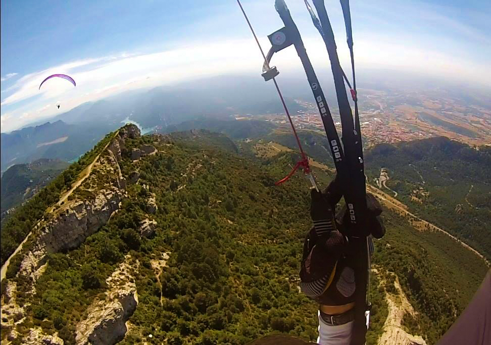 fly with xirli guiding paragliding pilots 21