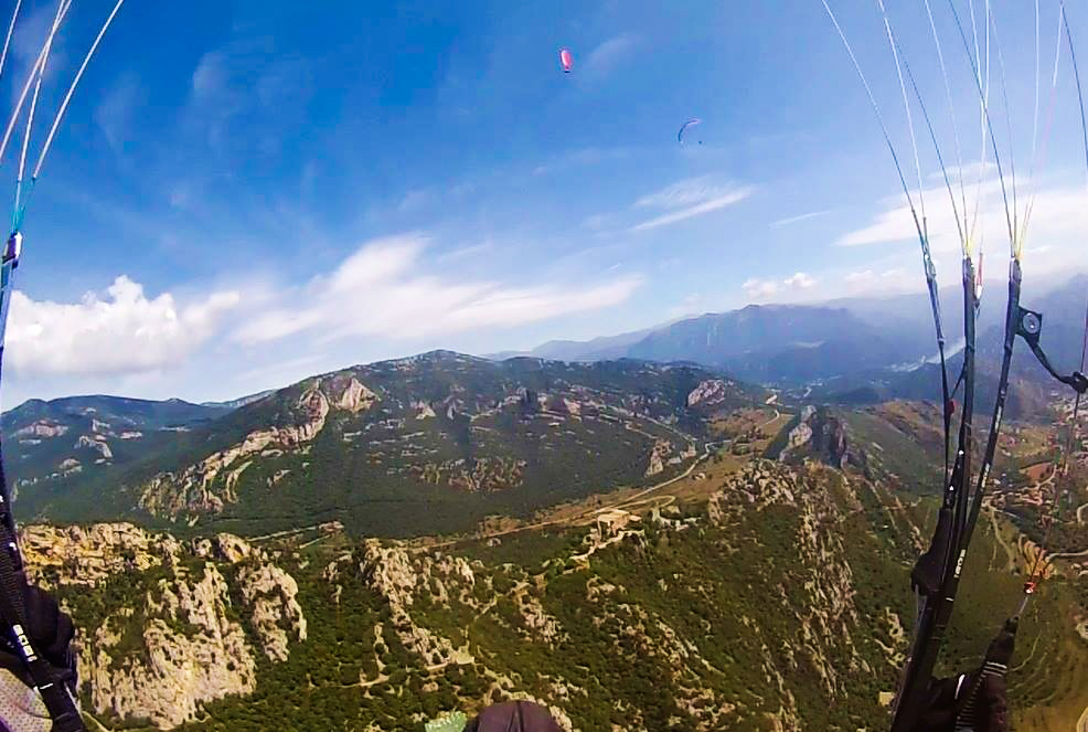 fly with xirli guiding paragliding pilots 23