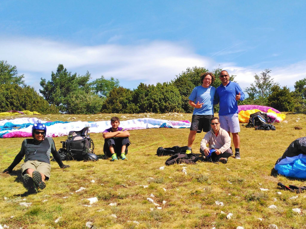 fly with xirli guiding paragliding pilots 27