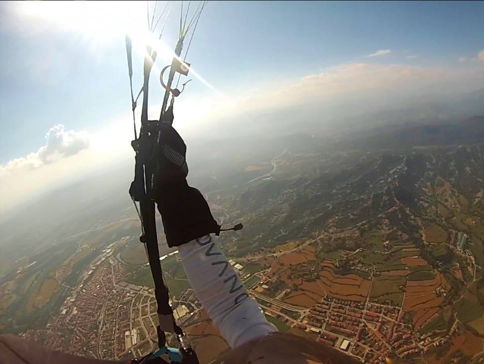 fly with xirli paragliding guiding pilots 87
