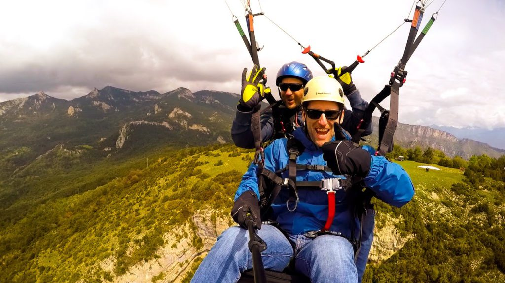 fly with xirli paragliding tandem 166