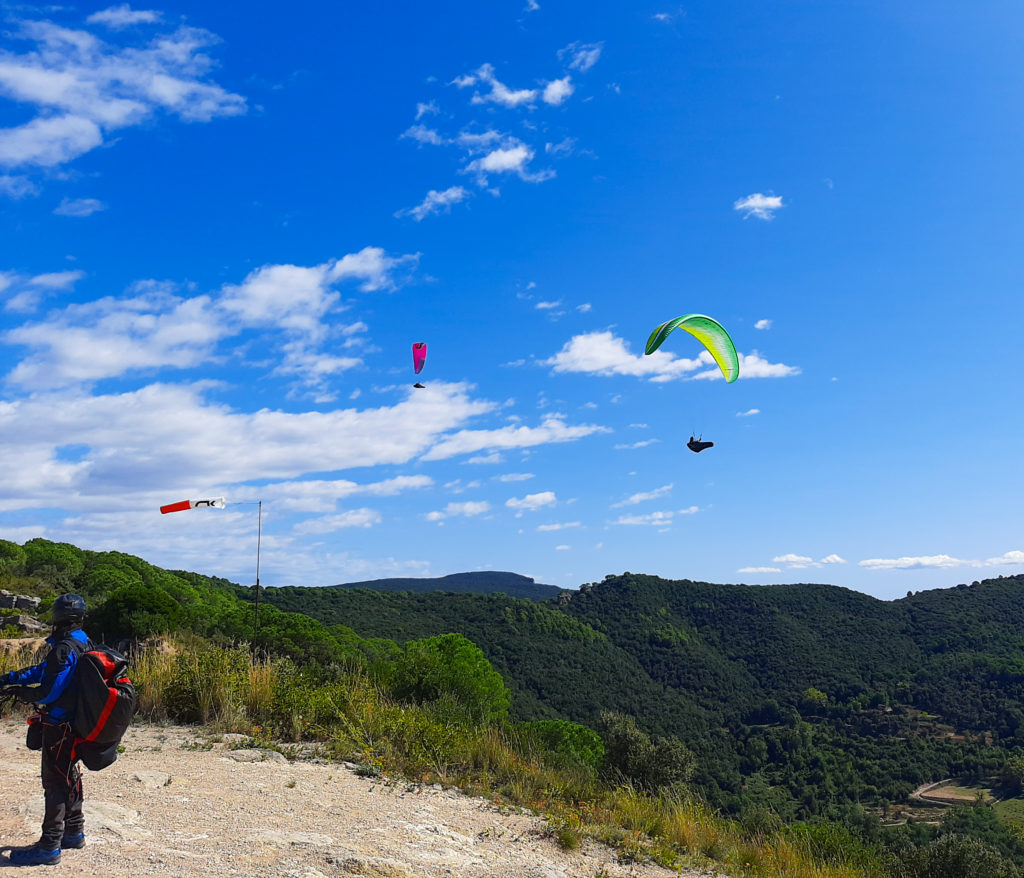 amer 2 fly with xirli paragliding barcelona