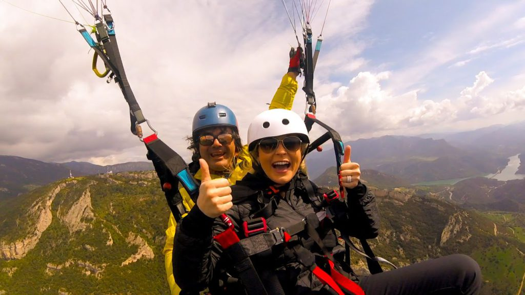 flywithxirli paragliding tandem