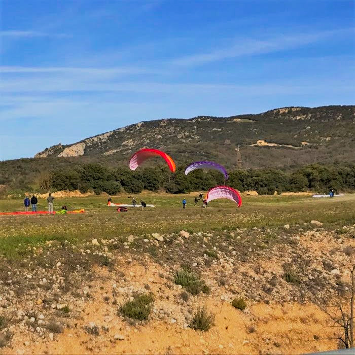 Fly with Xirli paragliding school advisor 5