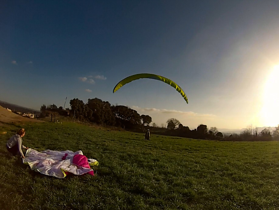 Fly with xirli guiding pilots bellmunt 4
