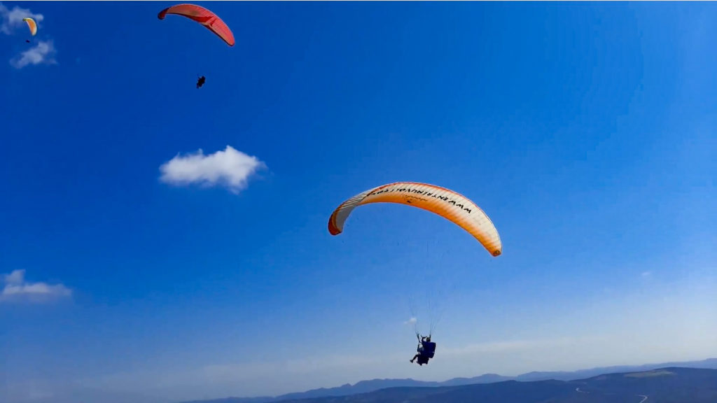 Fly with Xirli paragliding tandem 9Fly with Xirli paragliding tandem 9