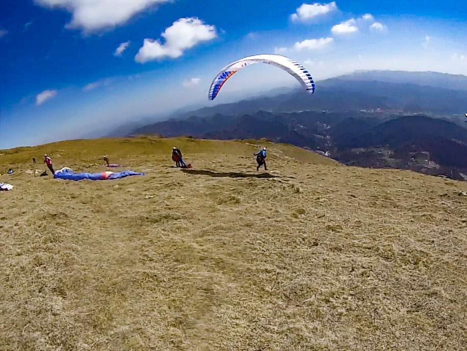 Fly with xirli paraglding guiding pilots 10