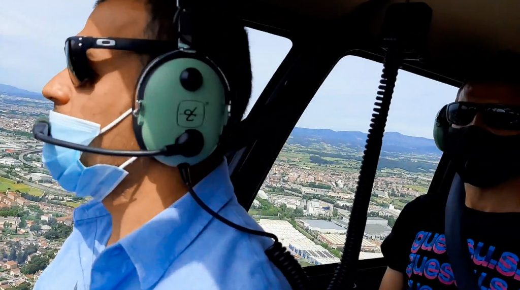 fly with xirli in a helicopter
